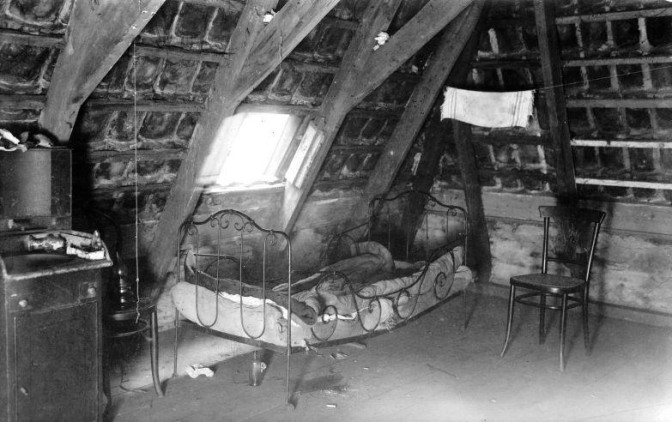 Sagging bed in an attic