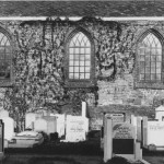 Quick tip – Find graves on photos of churches