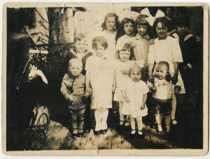 Group of cousins, all grandchildren of Cornelis Trouw and Maria Gommeren