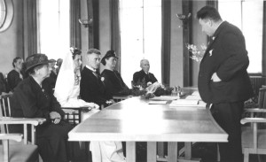 Marriage of Henk Hoitink and Mien Woordes, 1942