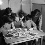 children reading magazines